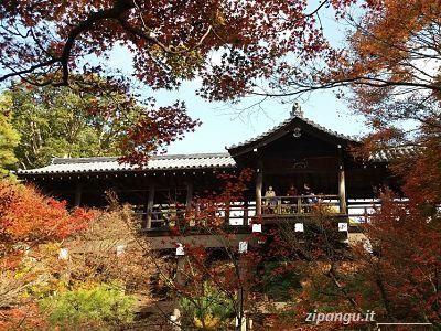 Tempio Tofuku-Ji in autunno