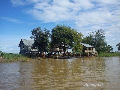 Viaggio in Cambogia: navigare attraverso il Lago Tonle Sap